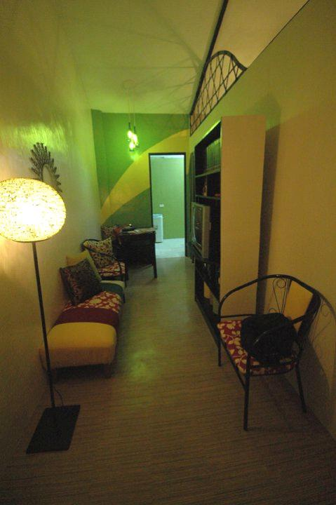 UP Interior Design Students Upgrade Gawad Kalinga Homes ...